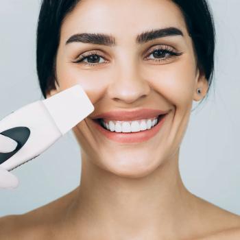 mulher sorrindo peeling